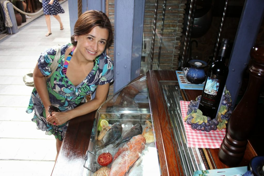Selection of fresh fish is displayed in good restaurants