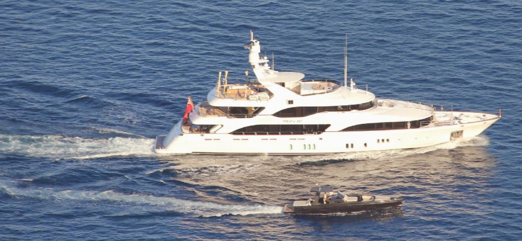Super Yacht Tandem charter in the Mediterranean