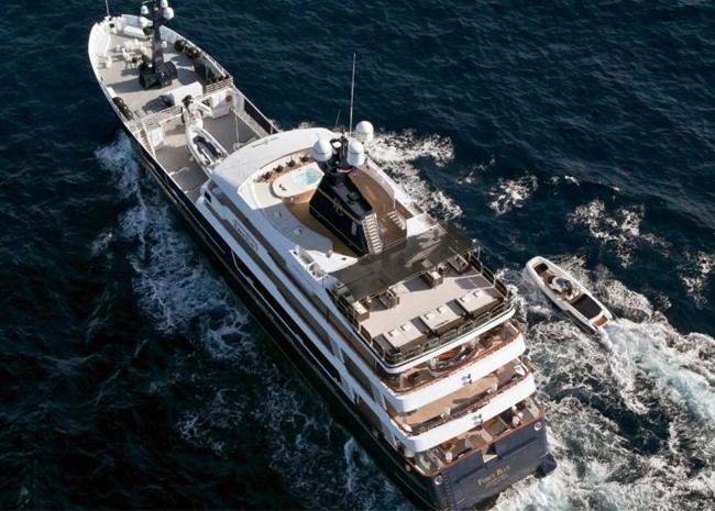 pretty nice 84127 0a40e FORCE BLUE - Motor Yachts
