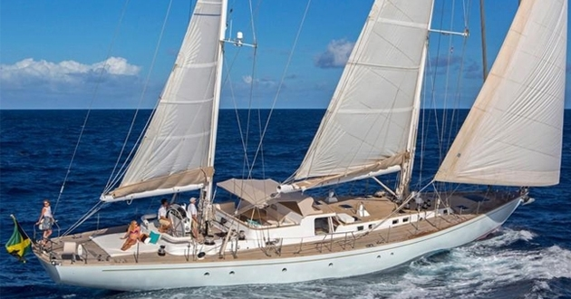 A special 5,500 US$'s off on the 100ft sailing yacht in the