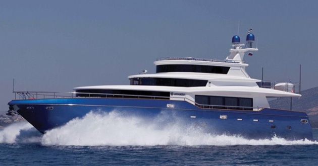 Superyacht charter in Croatia with the 87ft Johnson baby!