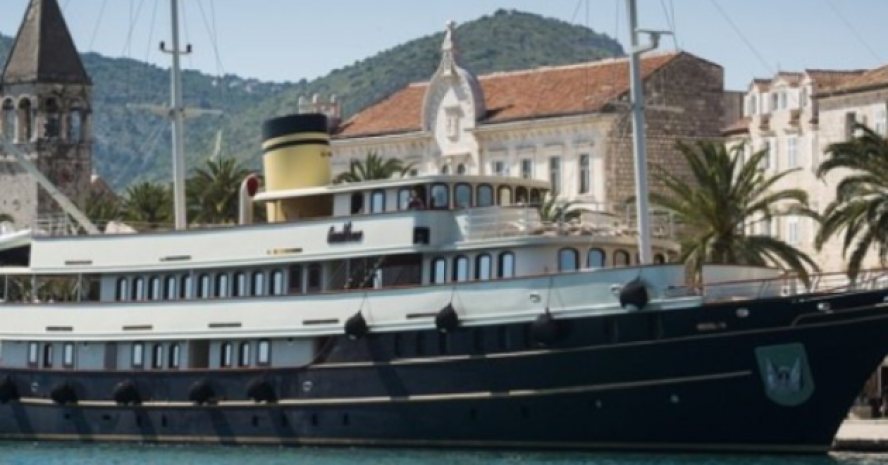 LUXURY PARTY YACHT IN CROATIA