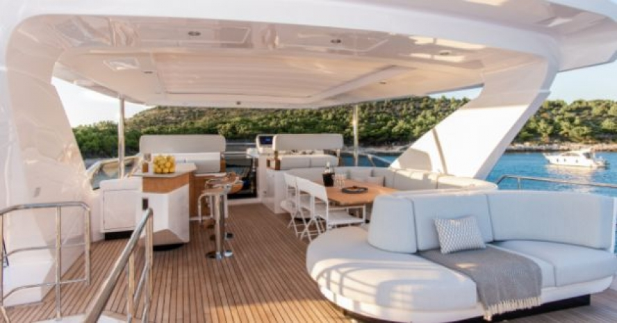 VIP MOTOR YACHT IN THE MEDITERRANEAN