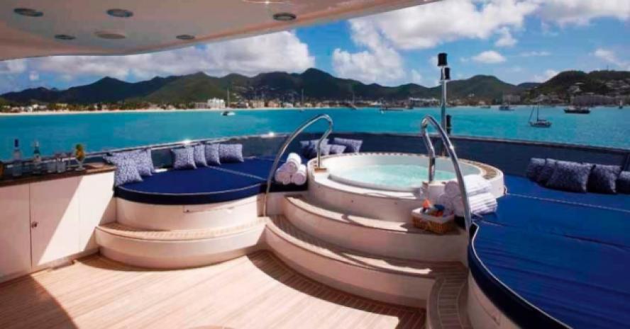 CREWED MOTOR YACHT CHARTER IN THE CARIBBEAN